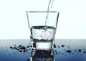 Alkalisches Wasser Erklärung Wirkung Vorteile des Hypes