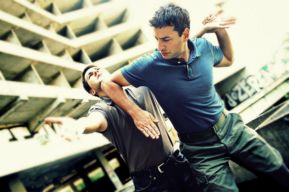 Krav Maga: Kampfsport und Selbstverteidigung