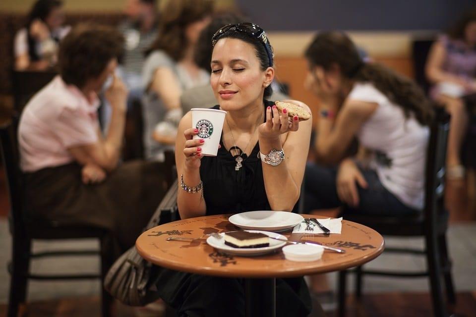 Starbucks eröffnet seit 1987 täglich 2 Geschäfte