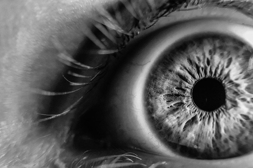 Verursacht eine Augenlaser Operation ein trockenes Auge?