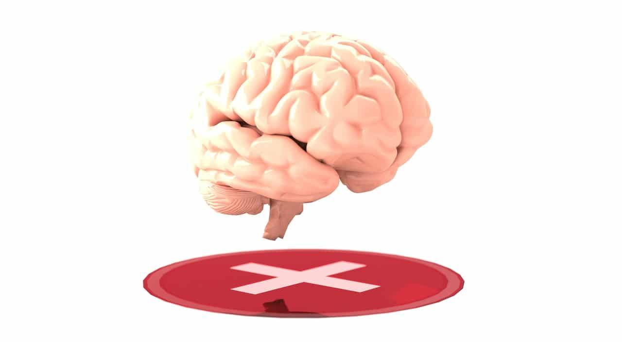 """Obwohl die Neurofeedback-Therapie (NF oder NFB) seit den 1960er Jahren von Therapeuten zur Behandlung von Patienten mit einer Vielzahl von neurologischen und psychischen Gesundheitsproblemen eingesetzt wird, ist sie immer noch keine weit verbreitete Behandlungsoption - insbesondere im Vergleich zur Verwendung von stimmungsverändernden Medikamenten wie Antidepressiva . Eine wachsende Zahl von Forschungen deutet jedoch darauf hin, dass Neurofeedback bei der Behandlung häufiger Erkrankungen wie Angstzuständen, ADHS und Schlaflosigkeit wirksam oder zumindest hilfreich ist und weniger Risiken birgt, da es drogenfrei ist. ( 1 ) Neurofeedback ist eine der ältesten Formen der Biofeedback-Therapie , bei der Probanden auf die Darstellung ihrer eigenen physiologischen Prozesse reagieren. Im Fall von Neurofeedback ( Neuro bedeutet in Bezug auf Nerven und Gehirn) sehen und reagieren die Teilnehmer auf Veränderungen ihrer eigenen Gehirnwellen, einer Form der elektrischen Aktivität des Nervensystems. Neurofeedback-Geräte, insbesondere EEGs, helfen zu messen, wie die Aktivität in verschiedenen Regionen des Gehirns je nach den Gefühlen und Handlungen einer Person zunimmt oder abnimmt. Dies hilft beim Training in Selbstregulierung - und Selbstregulierung ermöglicht eine bessere Kontrolle über die eigene Stressreaktion und allgemeine Verbesserungen der Funktionen des Nervensystems. Was ist Neurofeedback-Therapie? Die Definition von Neurofeedback lautet: """"Die Technik, die Gehirnwellenaktivität für die Sinne wahrnehmbar zu machen (indem Gehirnwellen mit einem Elektroenzephalographen aufgezeichnet und visuell oder akustisch dargestellt werden), um diese Aktivität bewusst zu verändern."""" ( 2 ) Die Rückkopplung der Elektroenzephalographie (EEG) ist eine weitere Möglichkeit, sich auf Neurofeedback zu beziehen. Ist Neurofeedback wirksam? Insgesamt waren die Forschungsergebnisse uneinheitlich, da einige Studien die Auswirkungen von Neurofeedback nicht eindeutig darstellten und einige keine pos"""