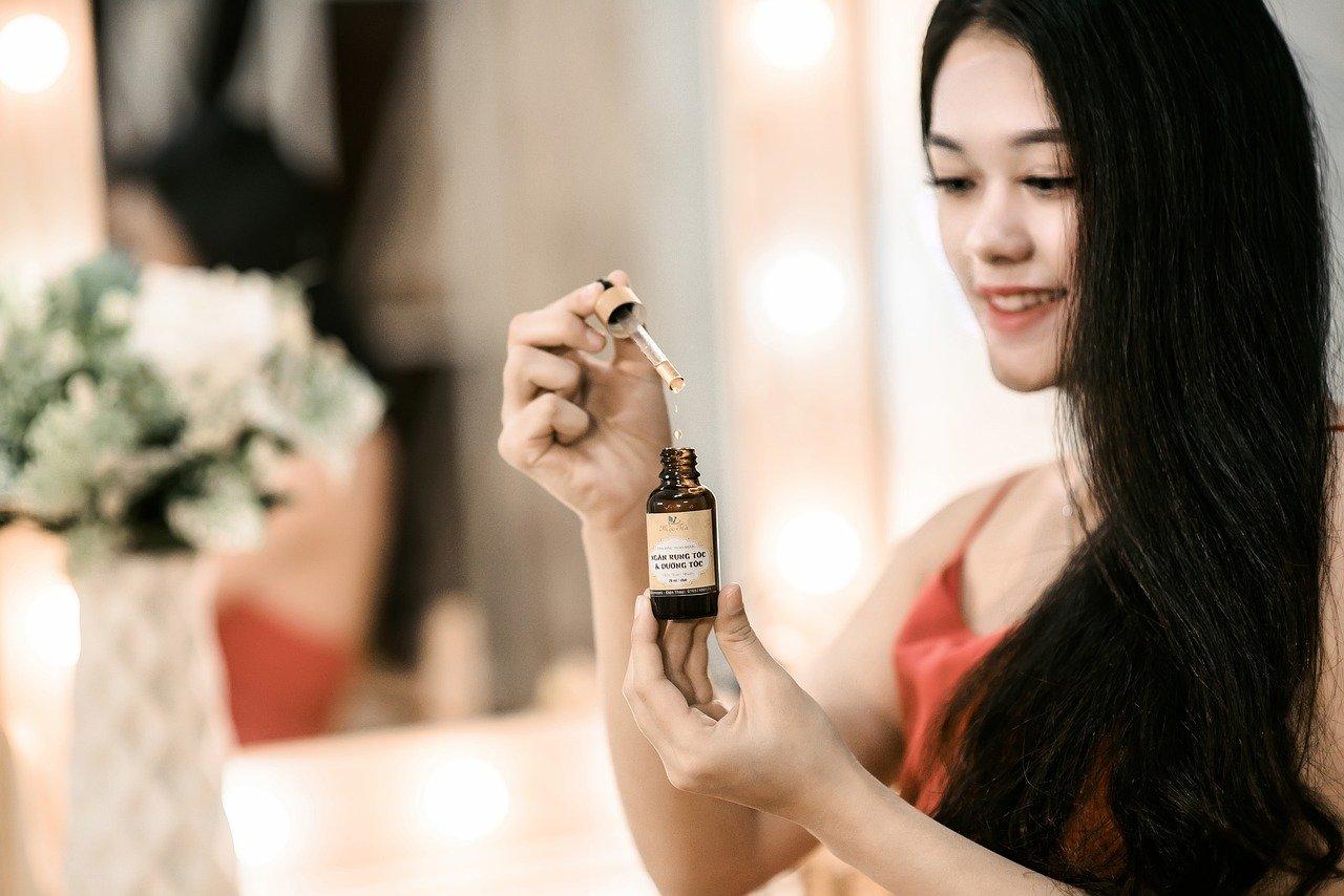Die 7 besten ätherischen Öle für das Haar