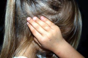 Ohrenschmerzen Ursachen und Behandlung bei Kindern und Erwachsenen