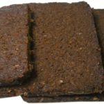 Was ist Pumpernickel Brot? Vorteile, Nährwerte & mehr