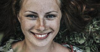 Serotonin: Warum Sie es brauchen und wie Sie den Spiegel auf natürliche Weise steigern können