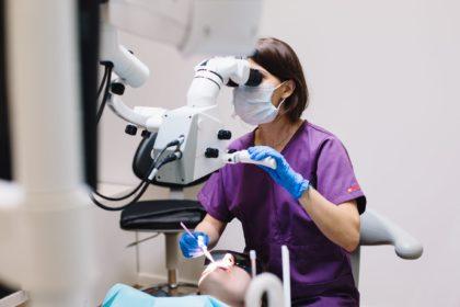 Die 5 beliebtesten kosmetischen Zahnbehandlungen