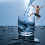Kann man destilliertes Wasser trinken?