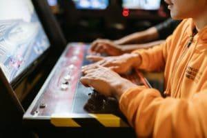 Anzeichen einer Spielsucht und natürliche Wege zur Überwindung